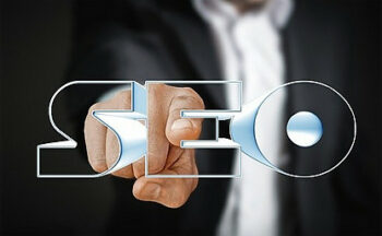 What is the importance of keywords for SEO